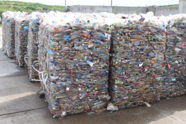 отходы пластик бутылки / ecotown.com.ua