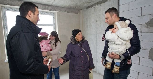 Кличко пообіцяв ремонт у новій квартирі / kievcity.gov.ua
