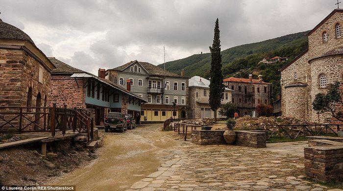 Улицы в Кареи.
