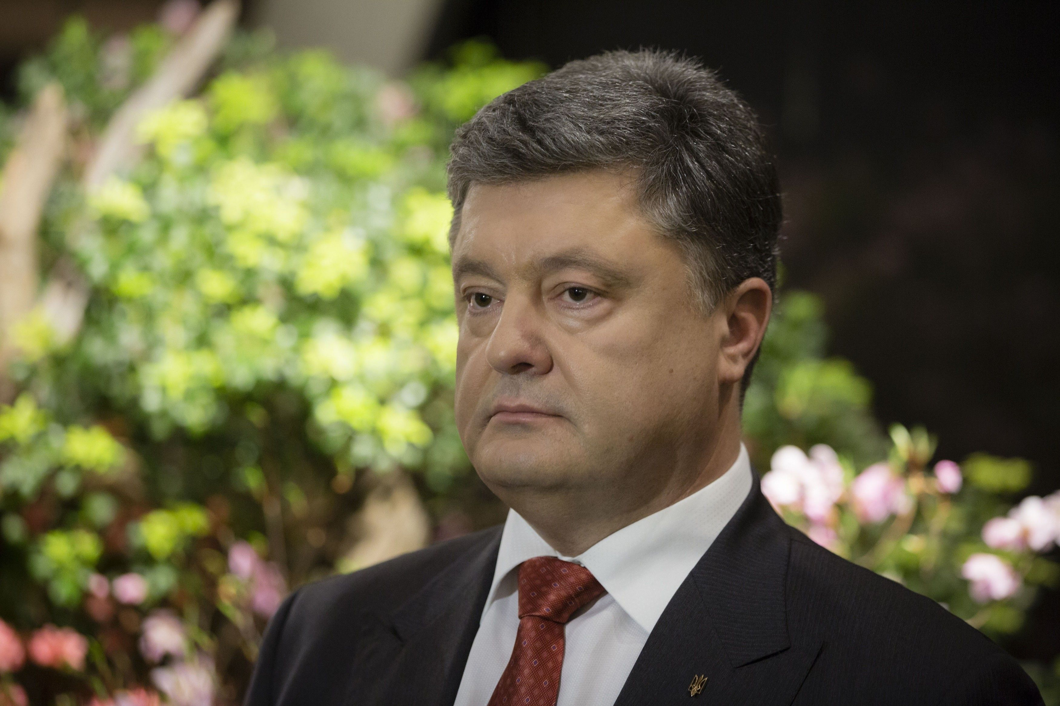 Poroshenko has introduced personal sanctions agianst media executives from LifeNews, RT, TASS / Photo from president.gov.ua