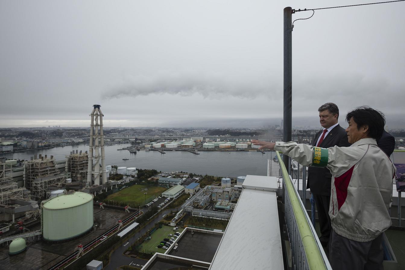 Порошенко в Йокогамі відвідав найбільш екологічну ТЕС / president.gov.ua