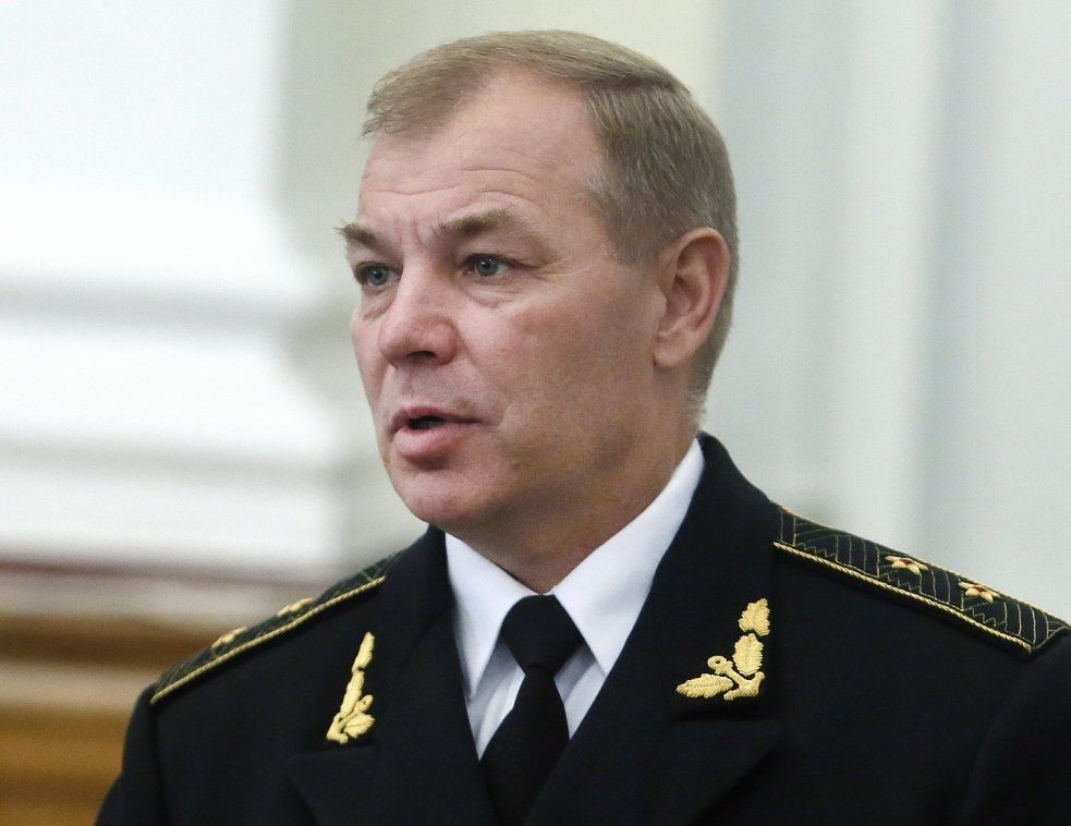 По словам Гайдука, российские военные попали в Крым самолетами и десантными кораблями / фото УНИАН