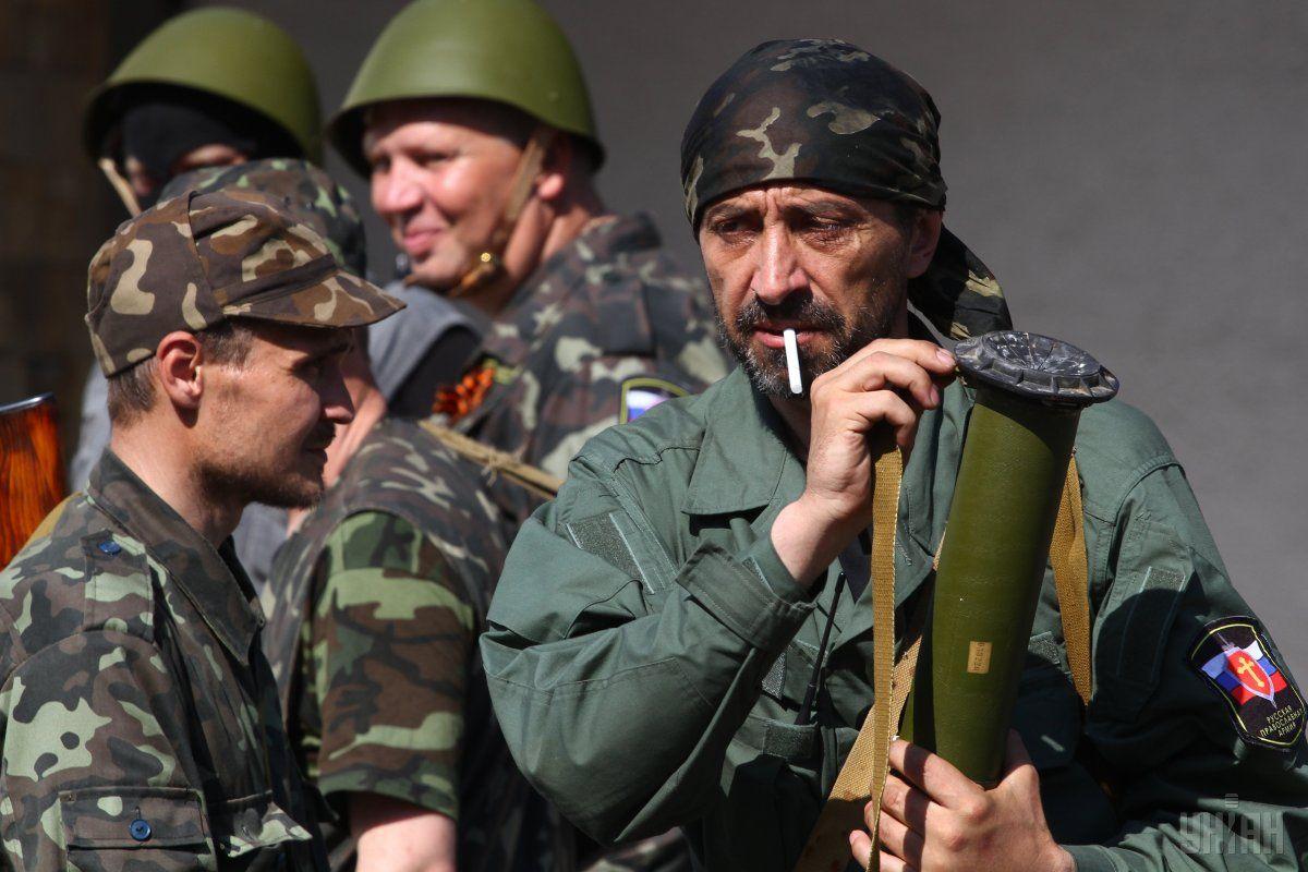 Также значительно участились случаи суицида среди боевиков / фото УНИАН