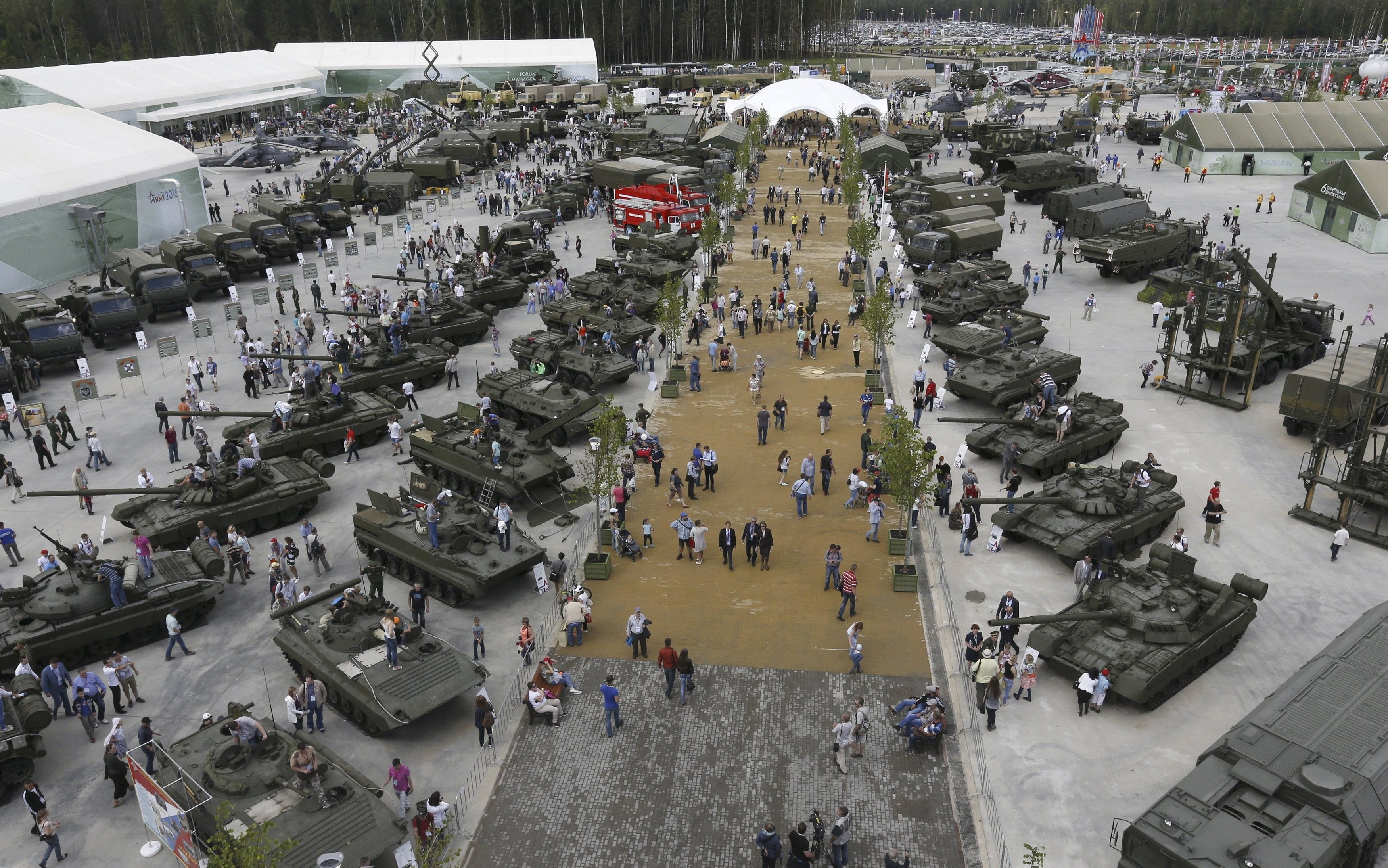 Россияне хотят приспособить электрическую тягу для военных нужд / REUTERS