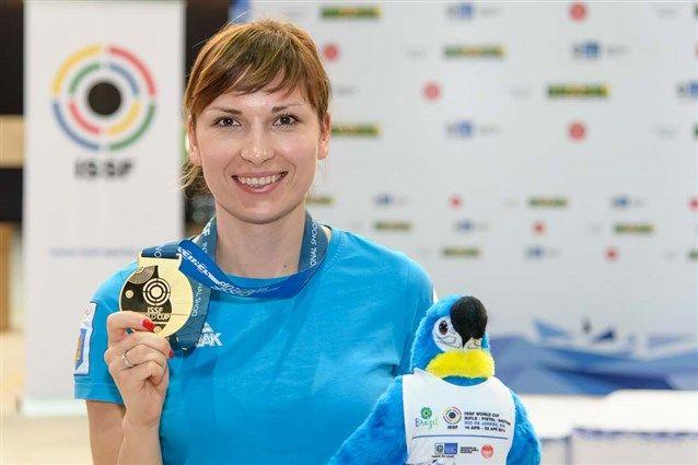 Костевич уже одержала первую победу на будущем олимпийском стрельбище / issf-sports.org