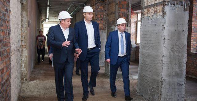 У середній школі № 140 Святошинського району була проведена реконструкція навчальних класів