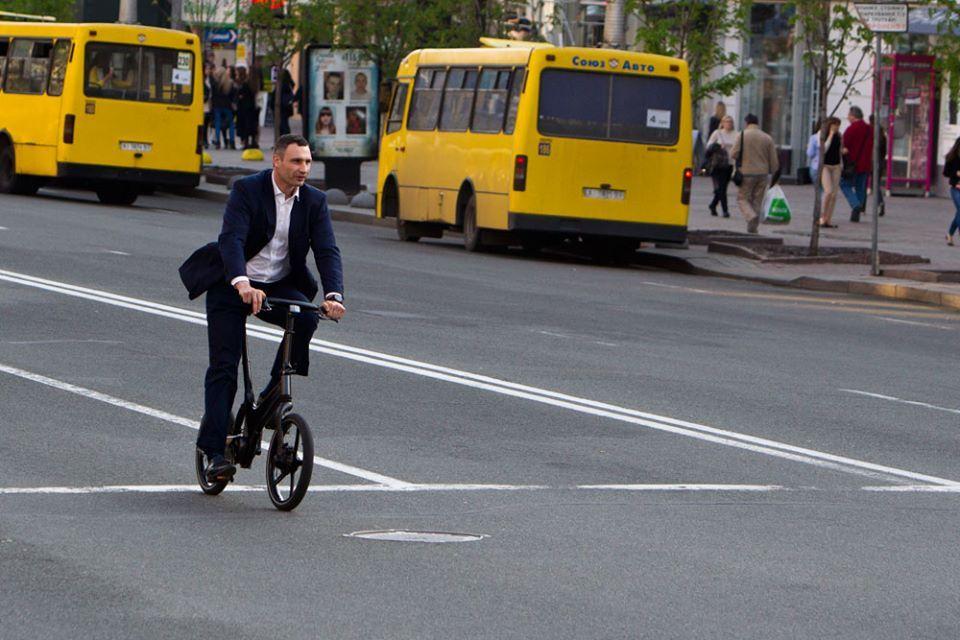 Кличко задекларував 7 велосипедів / facebook.com/Vitaliy.Klychko