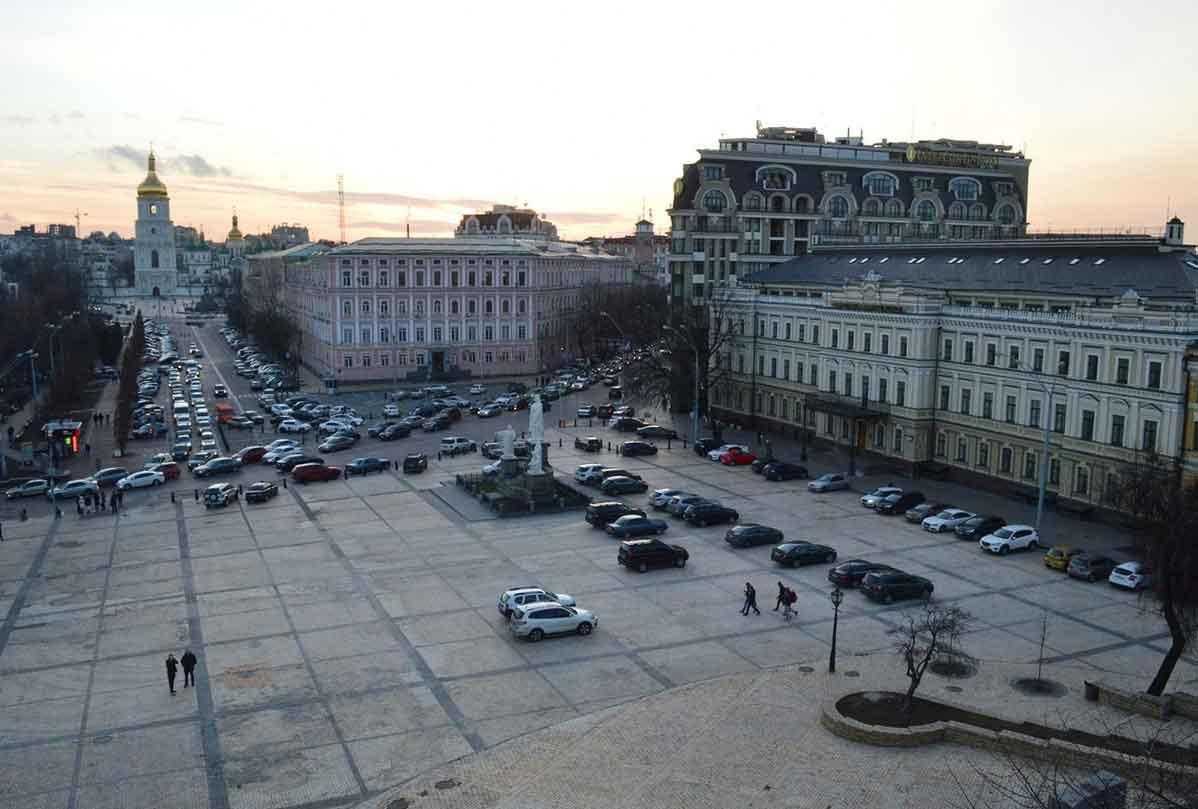 Под Михайловской площадью собрались строить огромный паркинг / texty.org.ua