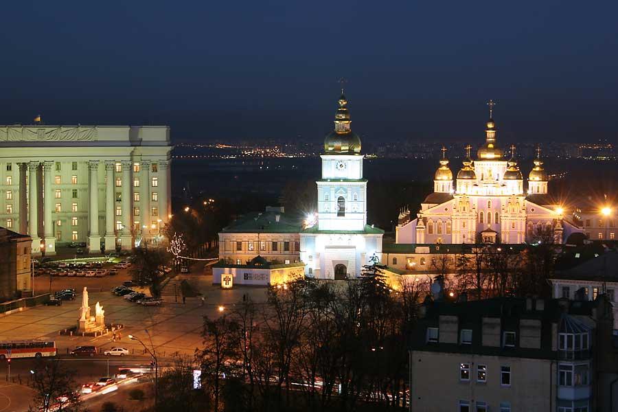 Михайловская площадь / smartclever.com.ua