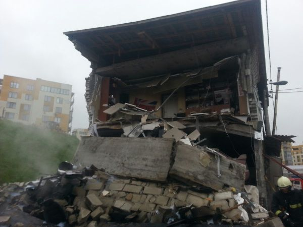 взрыв, гараж, Киев / kyiv.mns.gov.ua