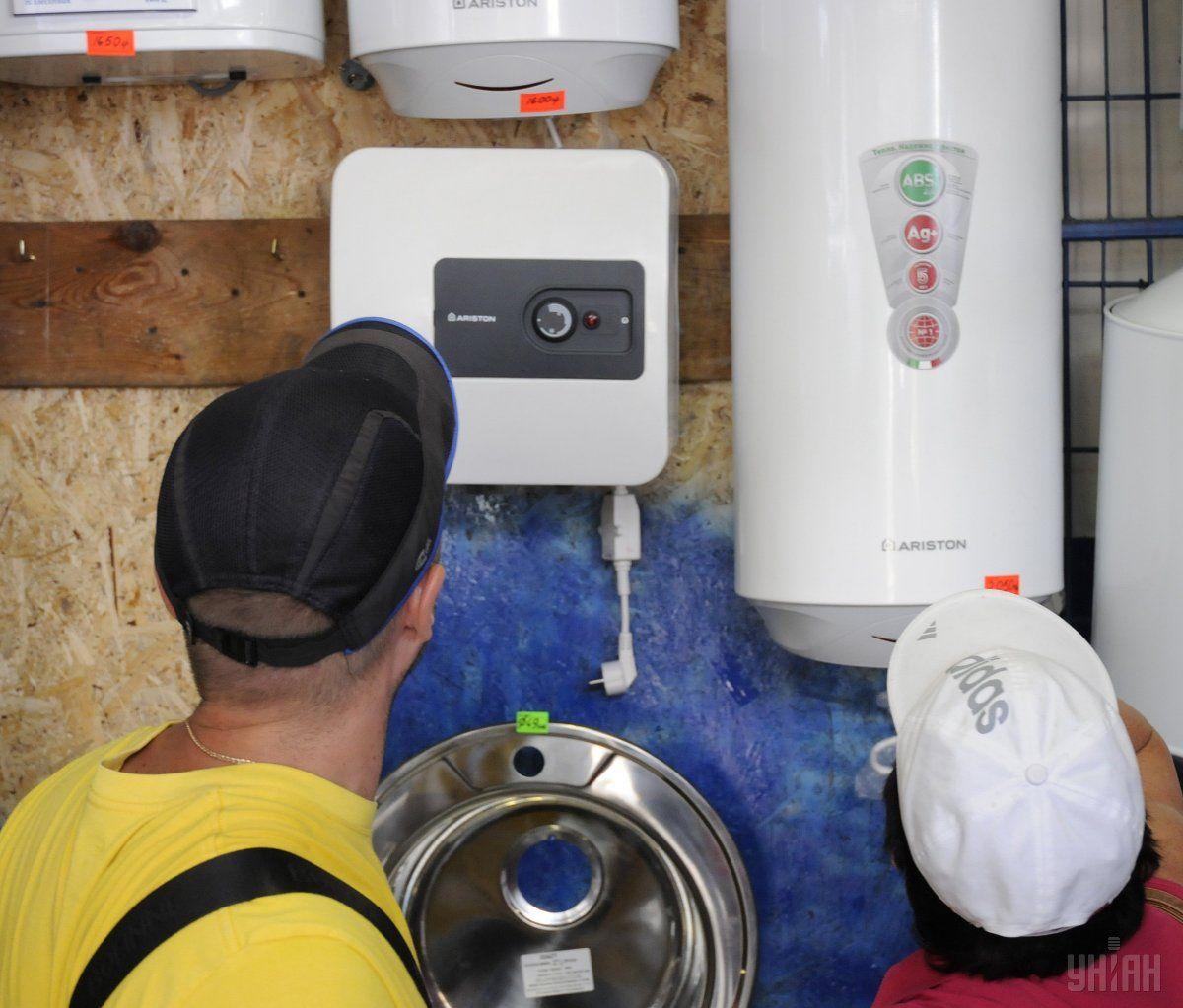 Законом ужесточается переход на автономное отопление и горячую воду / Фото УНИАН