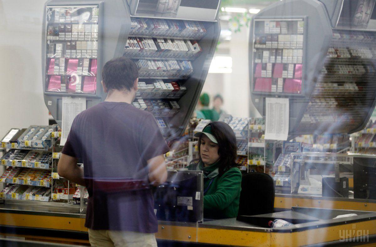 Магазинные чекини в коем случае нельзя хранить в сумочках / Фото УНИАН