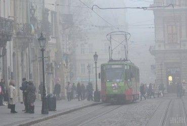 Прогноз погоди на сьогодні: в Україні похолодає, місцями пройде сніг (карта)