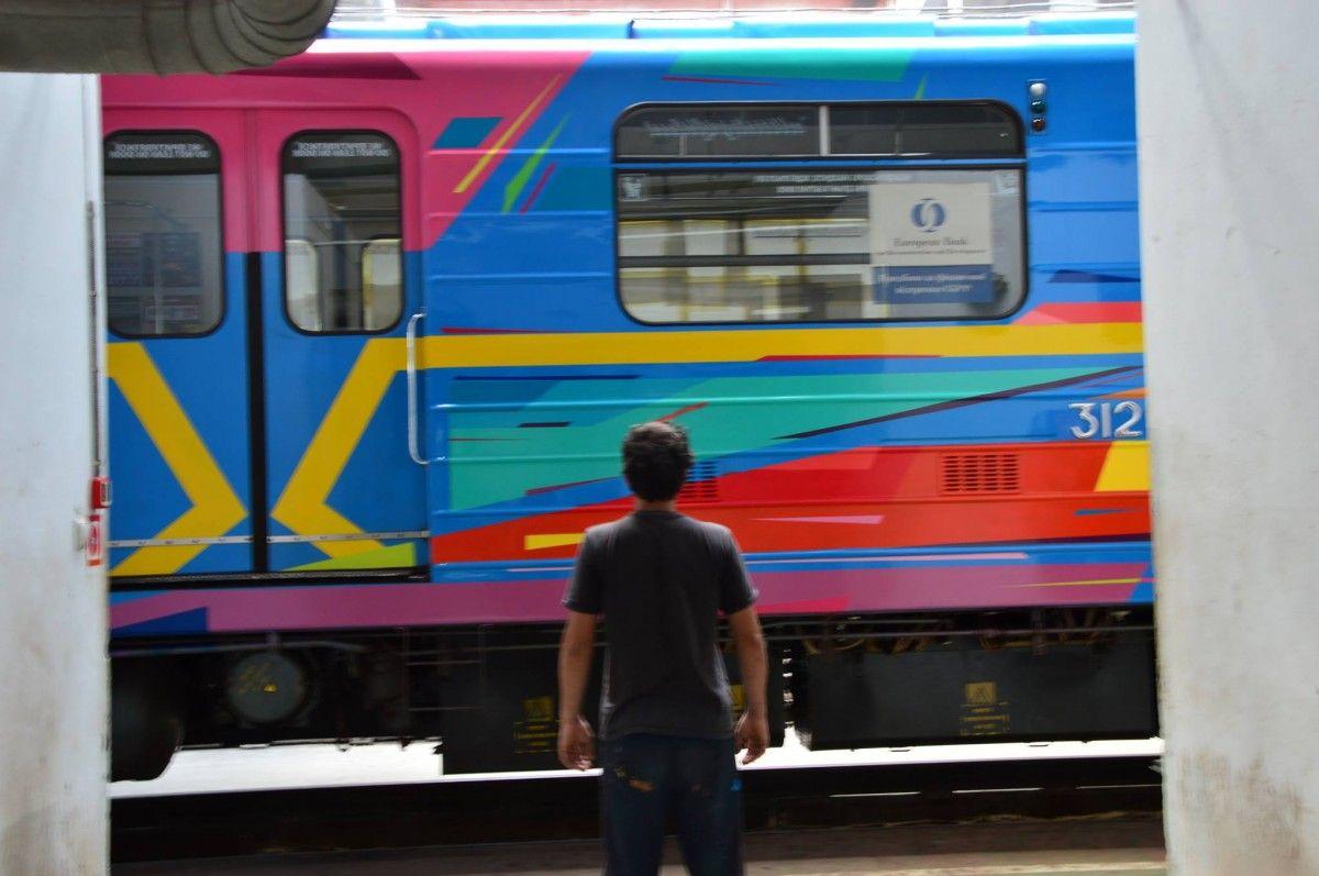 до конца года планируется разрисовать еще 3-4 поезда / Фото Art United Us via Facebook