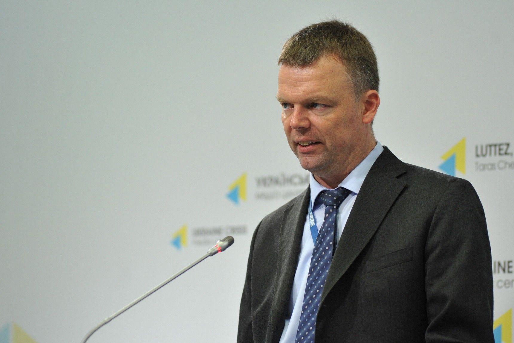 Хуг описал текущую ситуацию на Донбассе как