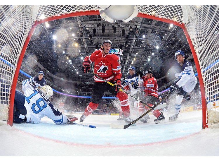 Канада стала чемпионом мира / iihf.com