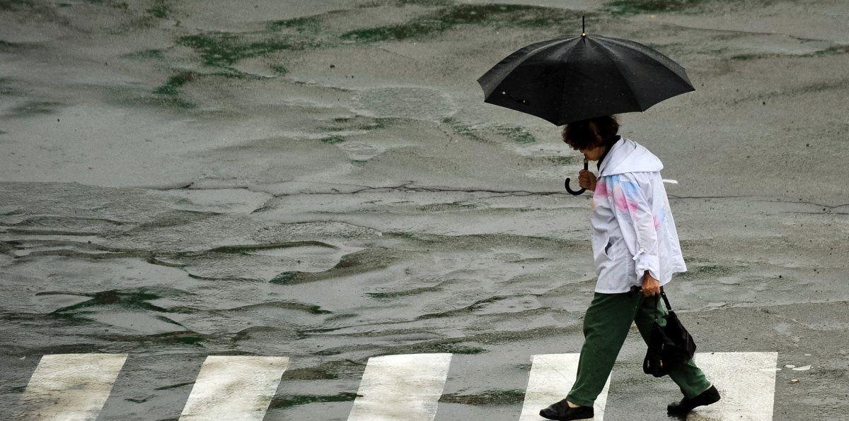 Завтра місцями пройдуть дощі / УНІАН