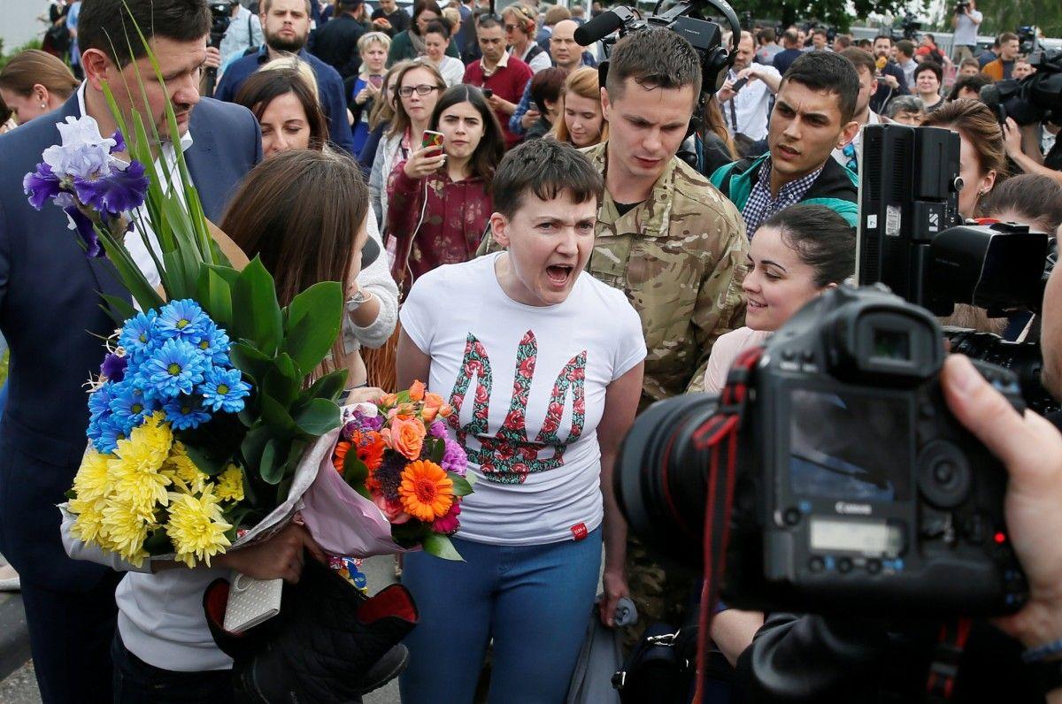 У травні 2016 року Надію Савченко обміняли на двох ГРУшників / фото REUTERS
