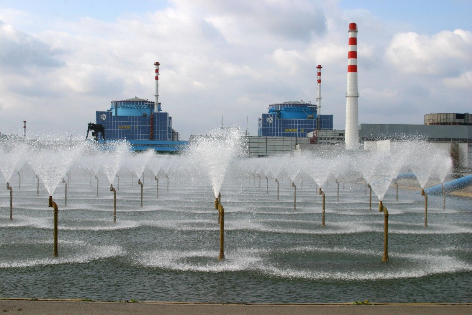 На ХАЭС достроят два энергоблока / фото energoatom.kiev.ua