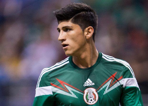 Пулидо играл за Мексику на ЧМ-2014 / Background images
