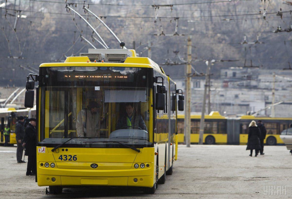 Трлейбуси прекращали движение / Фото УНИАН