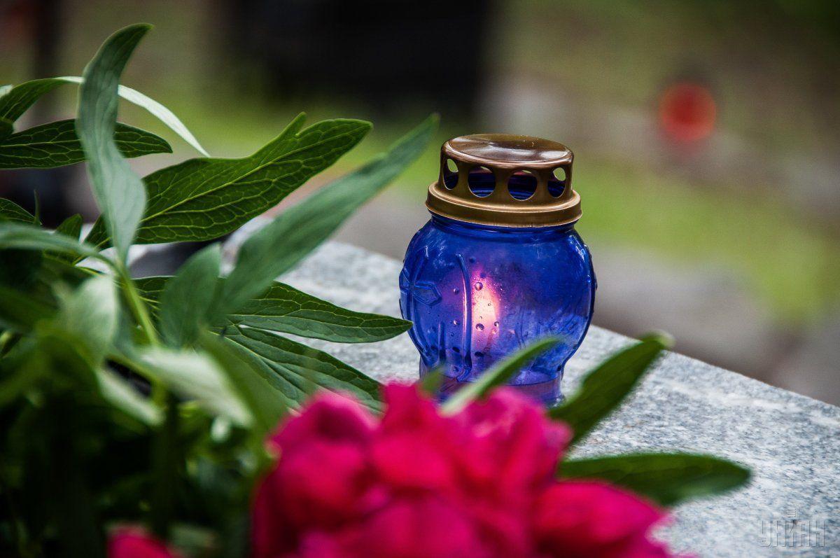 В Ивано-франковске похоронили женщину, которая умерла от COVID-19 / Фото: УНИАН