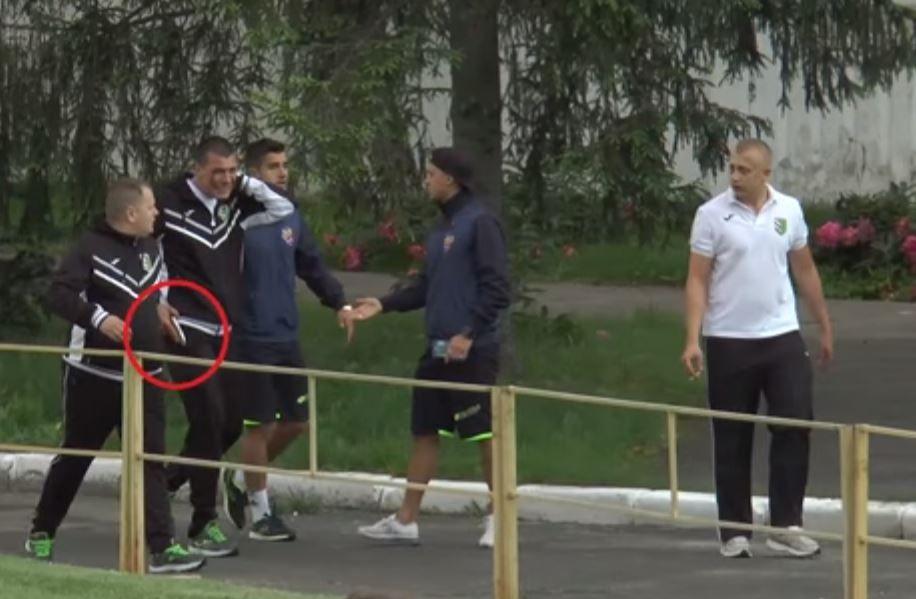 Винницкий вернулся на поле с пистолетом / ЛТАВА