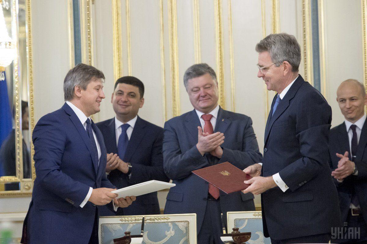 США выделят Украине $1 миллиард кредитных гарантий / Фото УНИАН