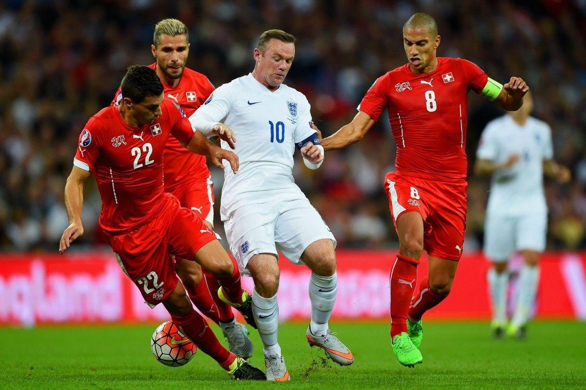 Команда Швейцарии славится своим умением достойно противостоять грандам мирового футбола / standard.co.uk