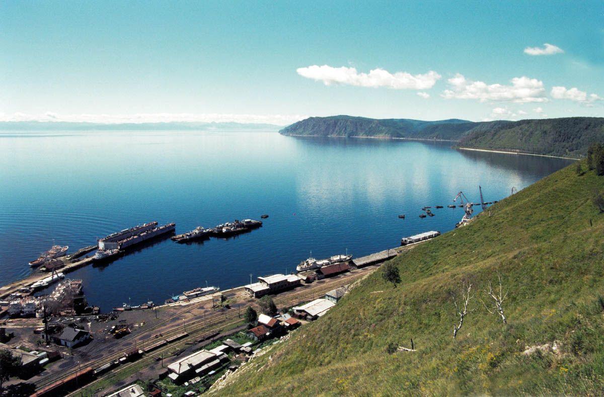 Екологія озера Байкал продовжує погіршуватися / фото Wirkipedia.ru