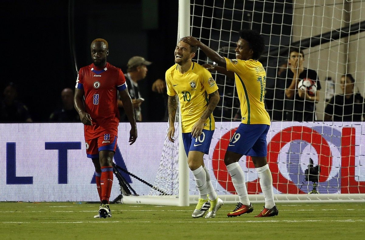 Сборная Бразилии едет на ЧМ-2018 в роли фаворита,группового этапа / Reuters