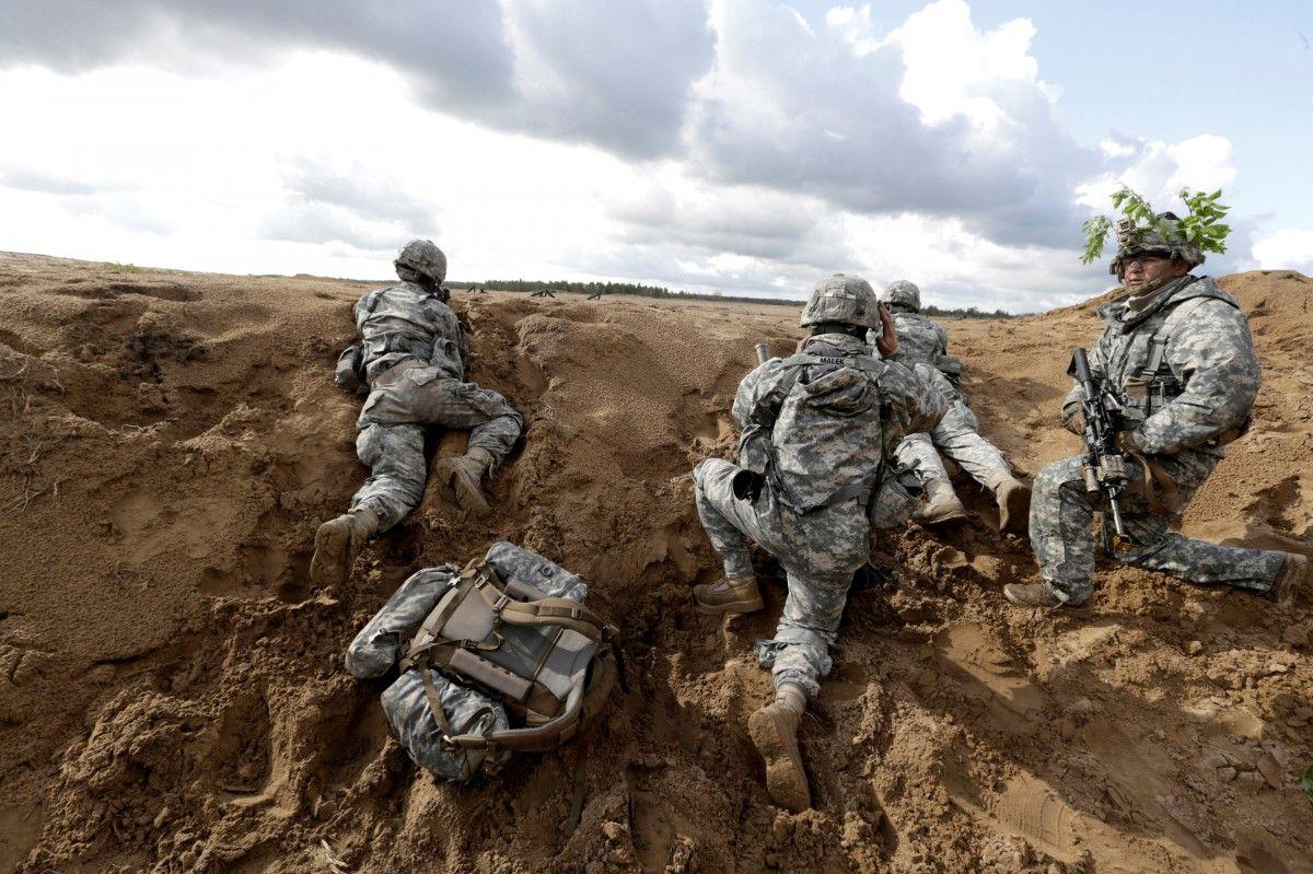 Солдати НАТО / фото REUTERS