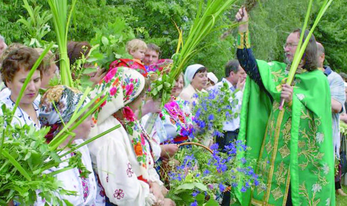 Праздник Троицы в этом году отмечается 16-го июня / фото: razom.media/zeleni_svyata