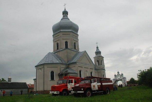 Пожежа в селі Красне Буського району в церкві Княгині Ольги