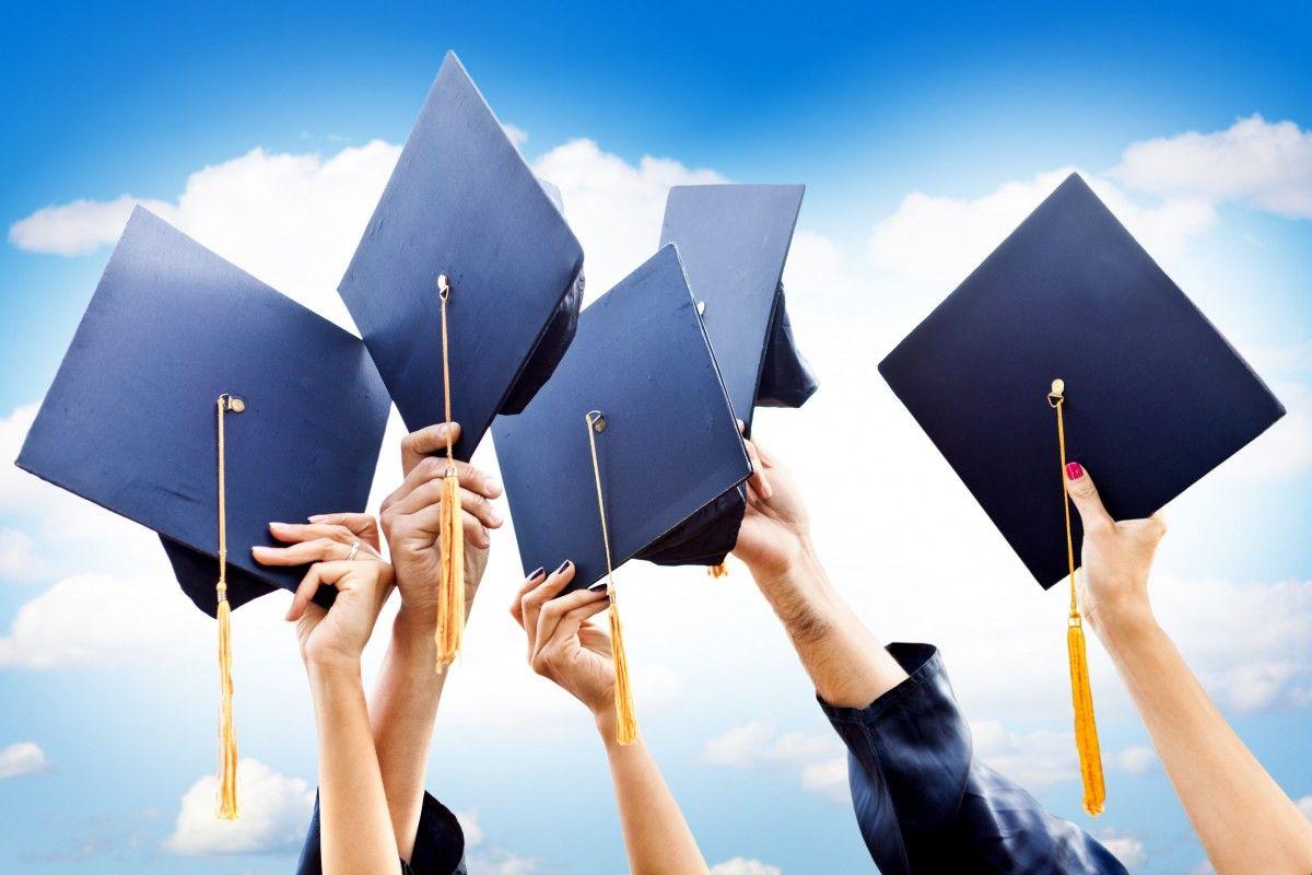Отказываясь от учебы в украинских ПТУ, украинские школьники охотно соглашаются на обучение, например, в польских / фото: arepglobal.com