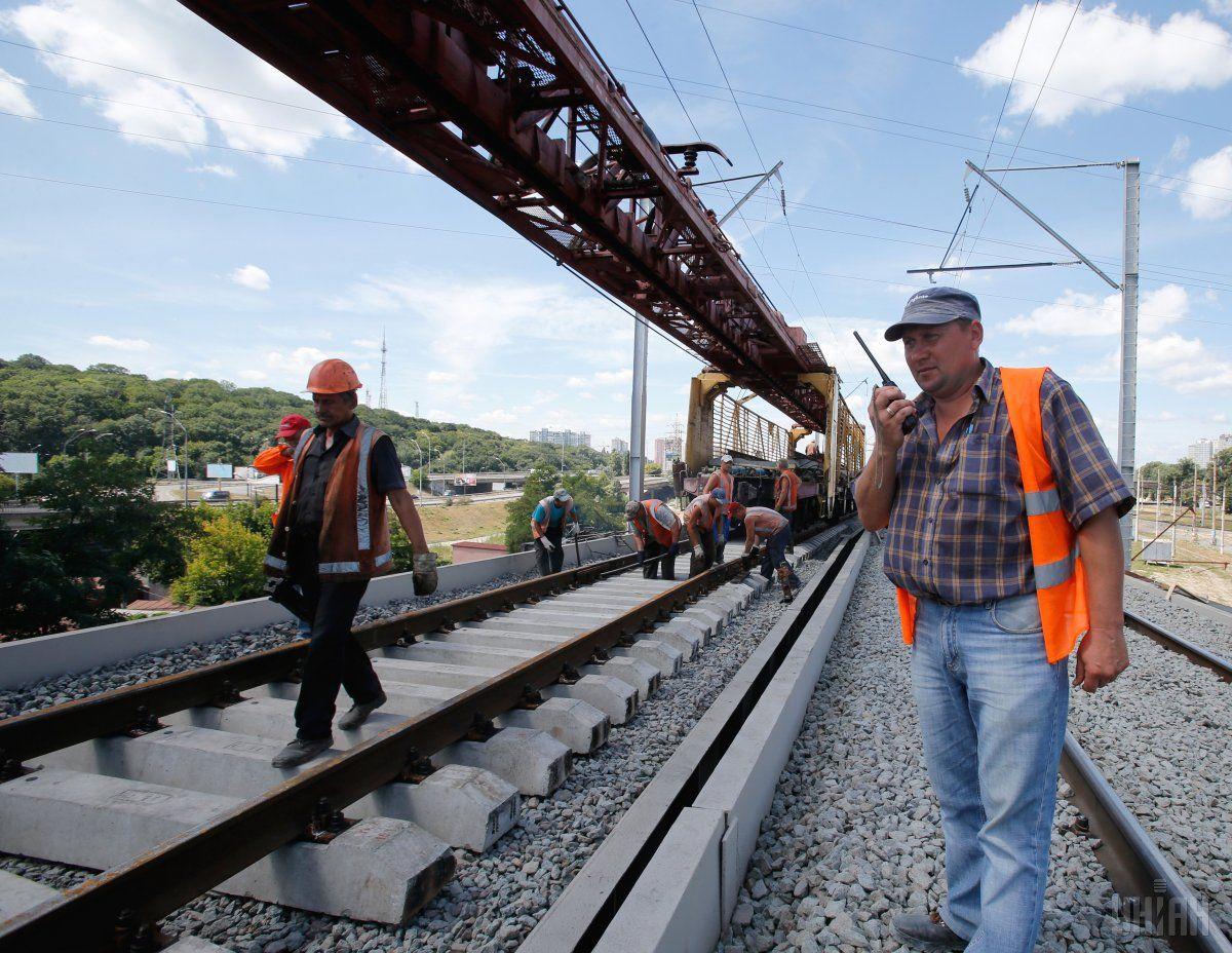 «Укрзалізниця» повністю відновила рух поїздів після аварії / фото УНІАН