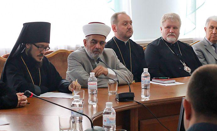 Обговорювали підтримку викладання у школах предметів духовно-морального спрямування