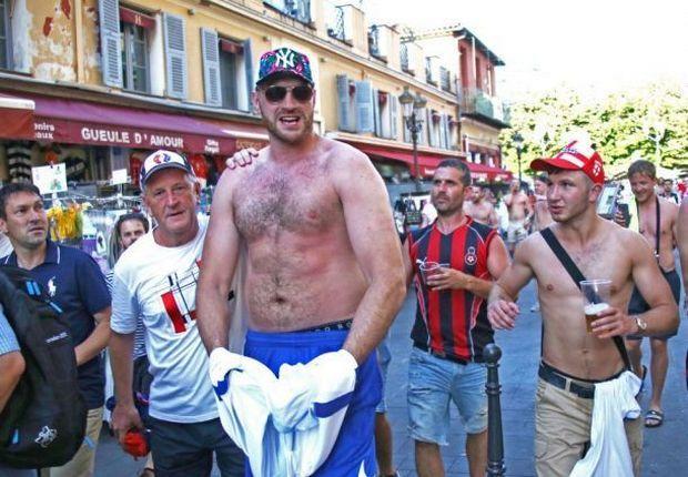 Фьюри отдыхает на Евро-2016 / klitschko-brothers.com