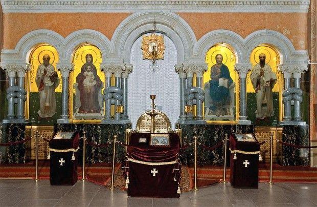 Иконостас Кирилловской церкви: иконы Христа, Богородицы, свт. Афанасия и Кирилла (кисти Врубеля)