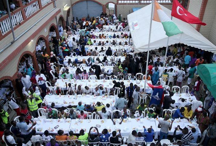 В комплексе, рассчитанном на 300 человек, будет шесть классов, где будут обучать также исламским наукам