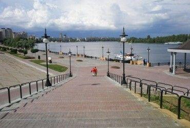 У Києві завтра очікується невелика хмарність, температура до +23°