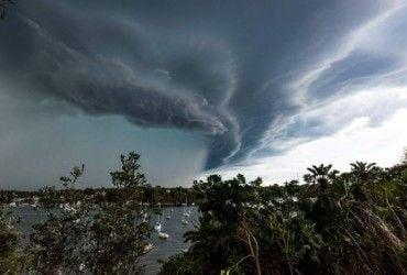 """В Тихом океане сформировался тропический шторм """"Иво"""""""