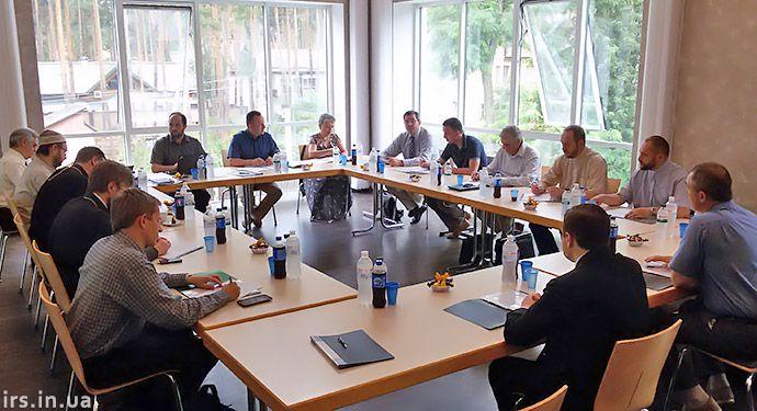Засідання ВРЦиРО в Ірпені під головуванням керівника ВСЦ ЄХБ Валерія Антонюка