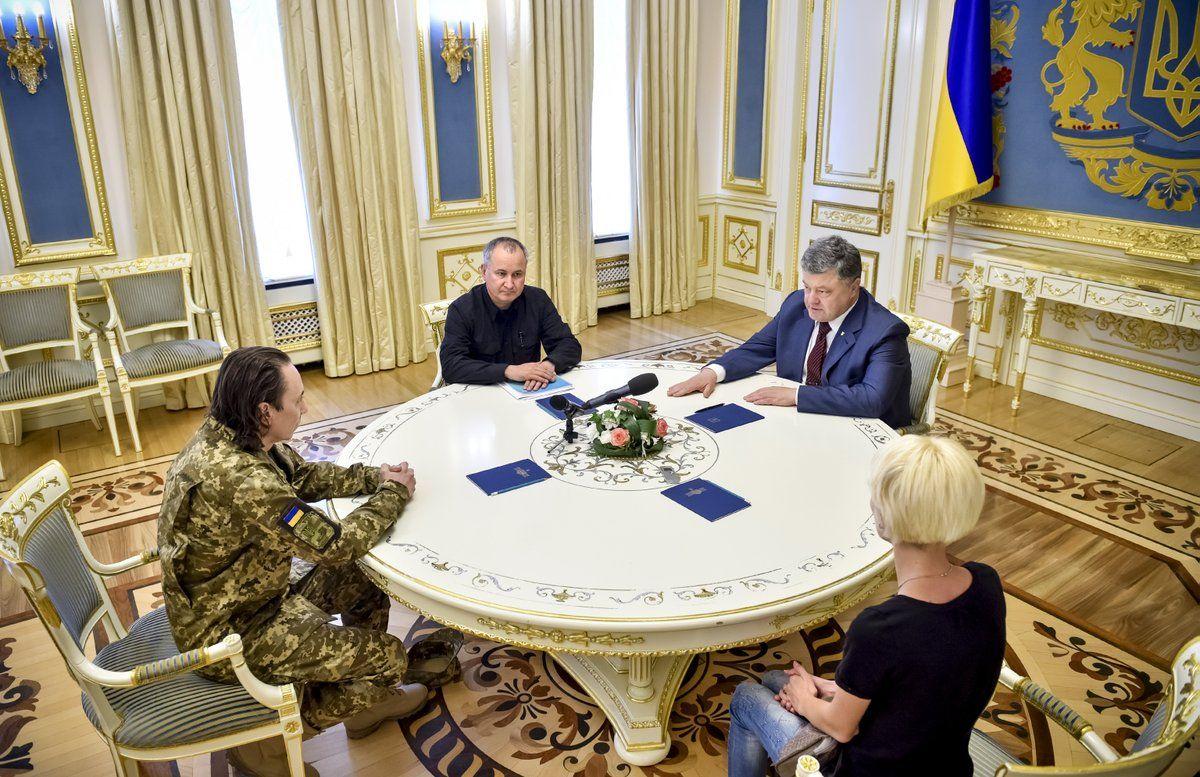 Безъязыков / twitter.com/poroshenko