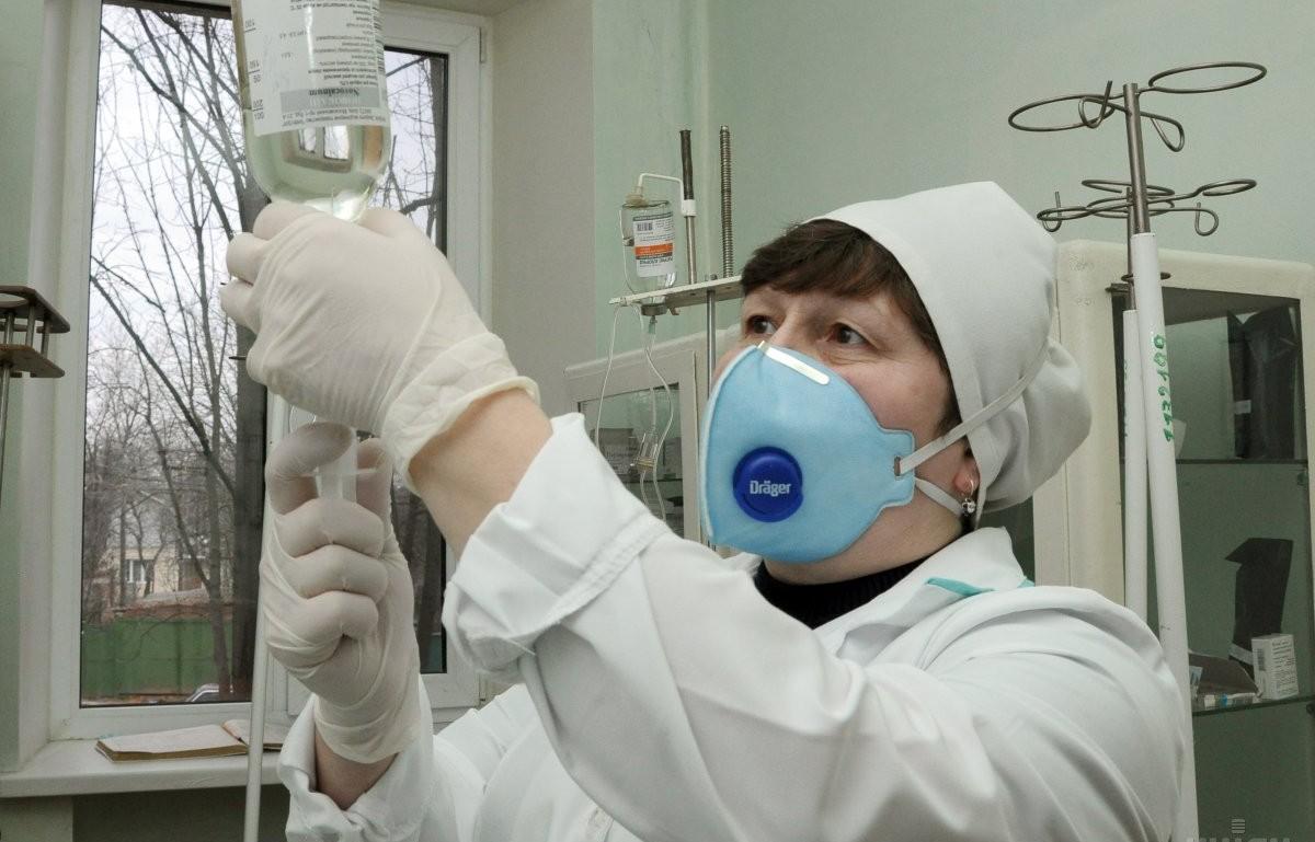 лікарня, туберкульоз, крапельниця / Фото: УНІАН