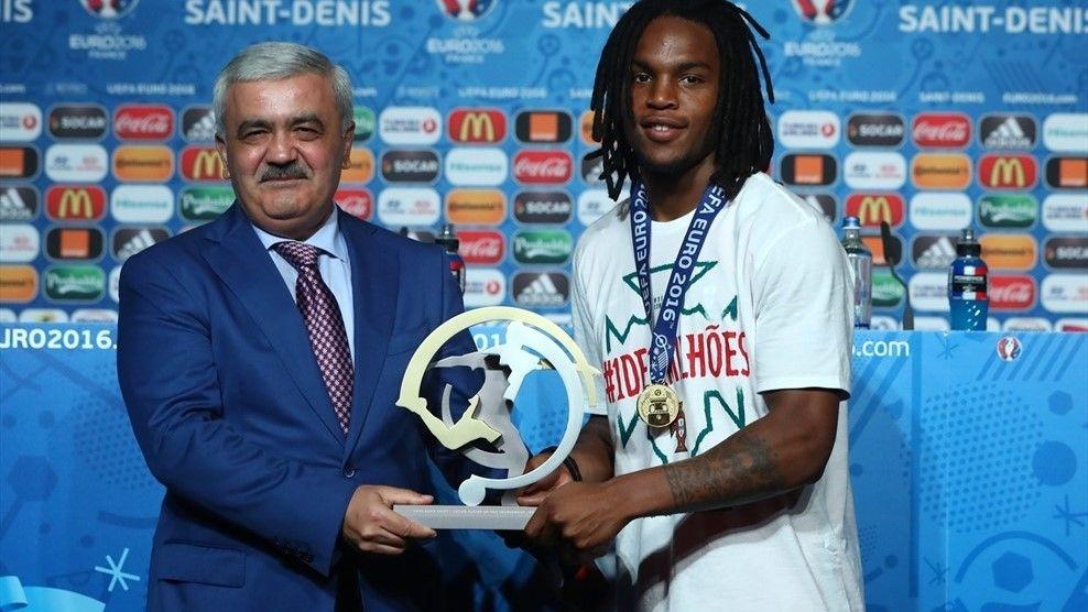 Санчес - лучший молодой игрок Евро-2016 / uefa.com