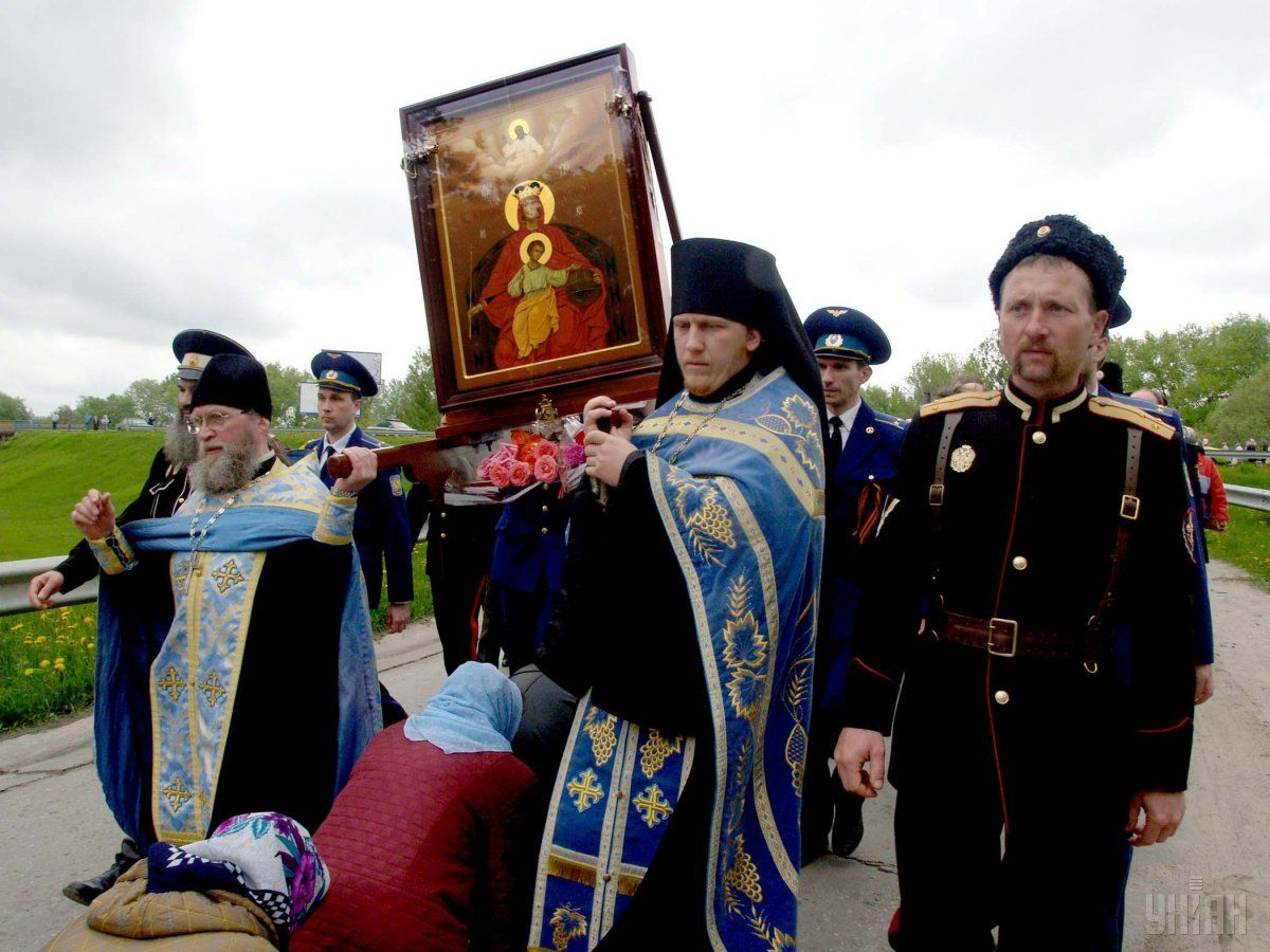 В РПЦ раскритиковали мужчин, которые любят футбол / фото УНИАН