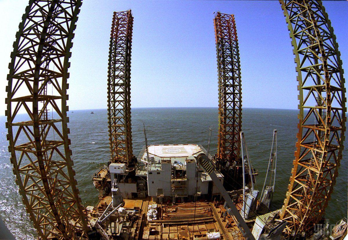 """Суд призначив 5 років умовно екс-співробітниці """"Чорноморнафтогазу"""" / фото УНІАН"""