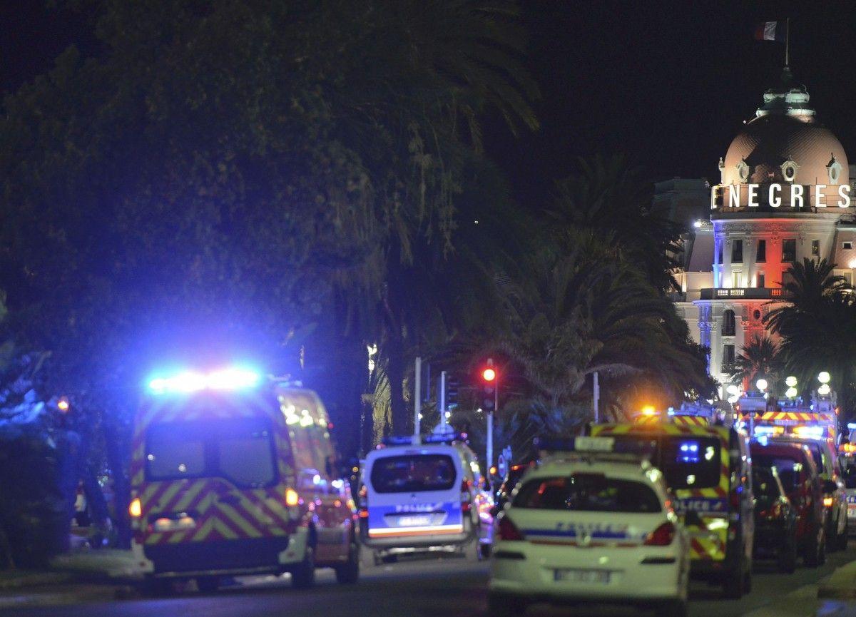 В ночь на 15 июля во французской Ницце произошел ужасный теракт - погибли более 80 человек. / REUTERS