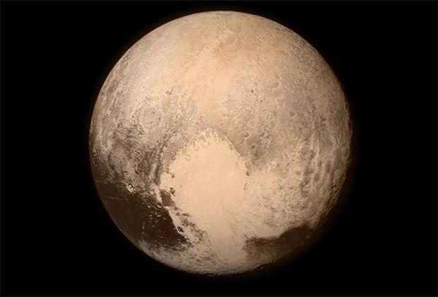У 1930 році було опубліковано ім'я дев'ятої планети Сонячної системи - Плутон / фото NASA